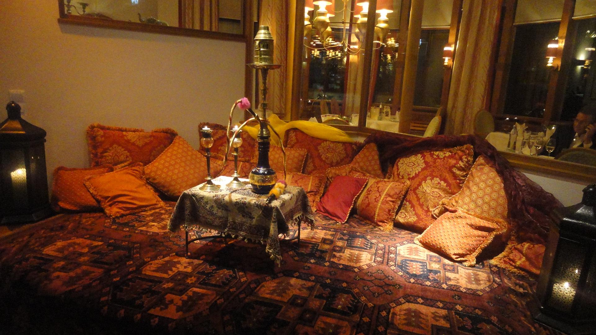 zauber des orients beim fest von 1001 nacht wohlf hlen. Black Bedroom Furniture Sets. Home Design Ideas