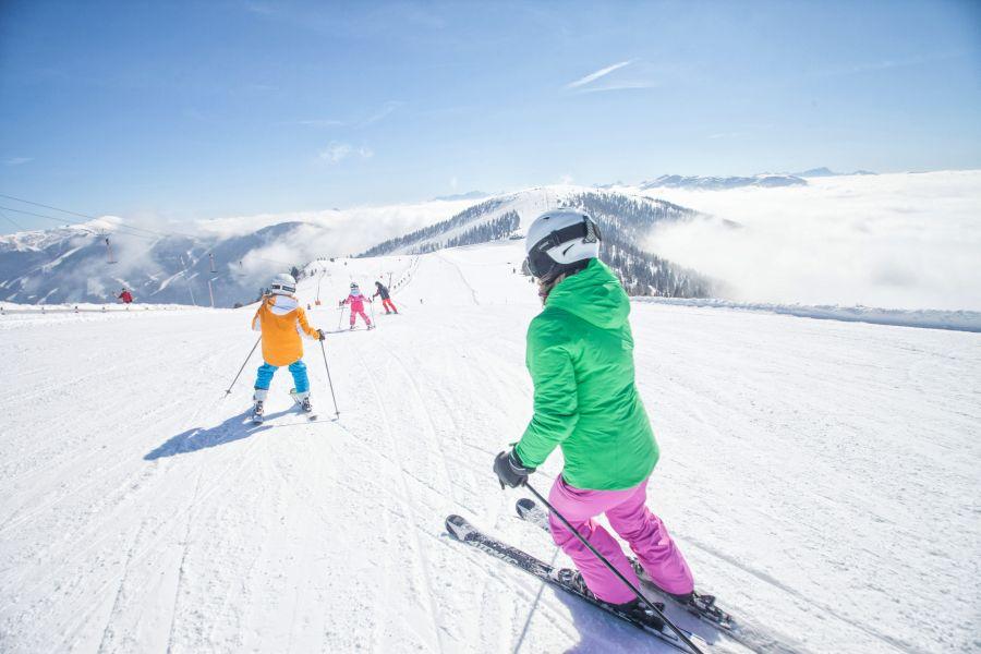 skifahren_familie-brm-mathias-praegant